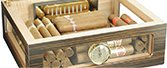 How does a humidor work?